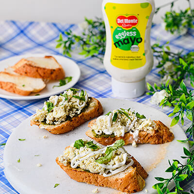 Del Monte SCRAMBLED EGGS ON TOAST Recipe
