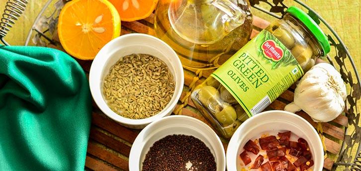 Del Monte Spicy fennel & orange marinated olives Recipe