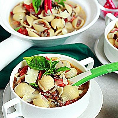 Del Monte Spiced Lentil Pasta Soup Recipe